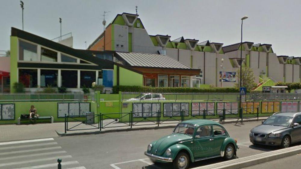 Treviso fanno il bagno di notte alle piscine comunali - Piscina quinto di treviso ...