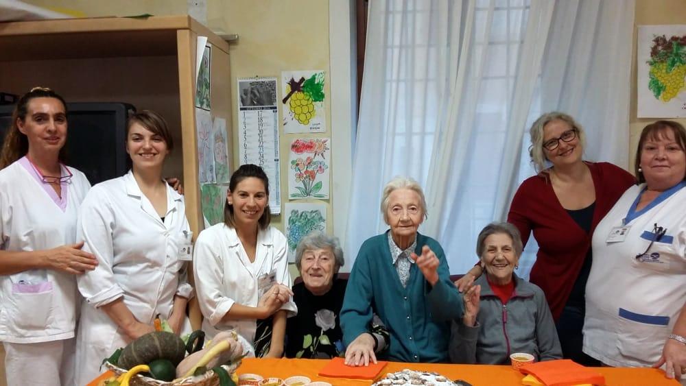 Anche gli anziani della Casa di Riposo San Giuseppe seguono la ...