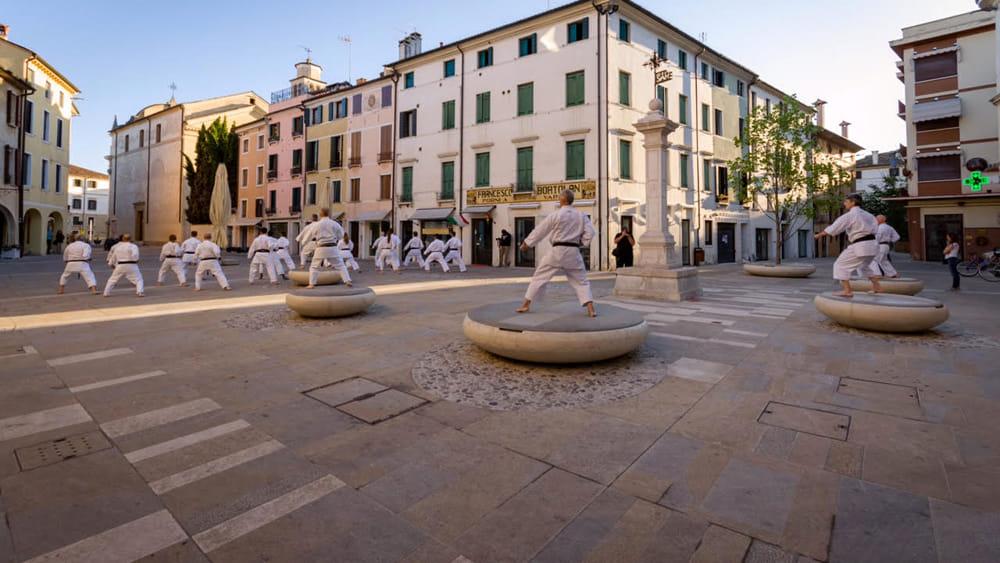 Non solo pallone a santa maria dei battuti la piazza - Palestra casale sul sile ...