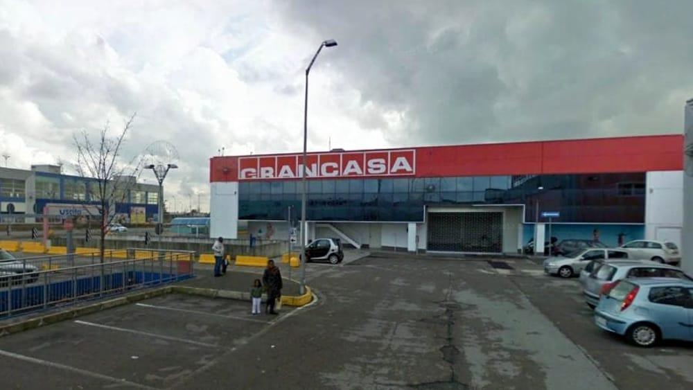 Parco commerciale di villorba chiude anche grancasa licenziati 24 dipendenti - Grancasa paderno ...