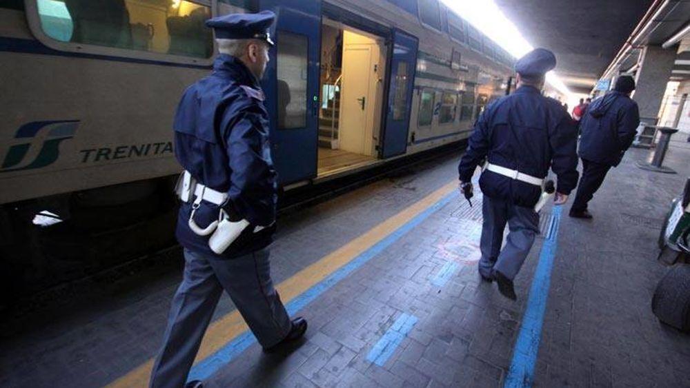 Viaggiava con un permesso di soggiorno falso: arrestato ...